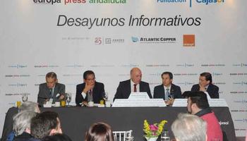 Antonio Ruiz anuncia la puesta en marcha de una línea de ayu ...