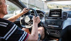 Consejos para conducir un vehículo de una forma profesional